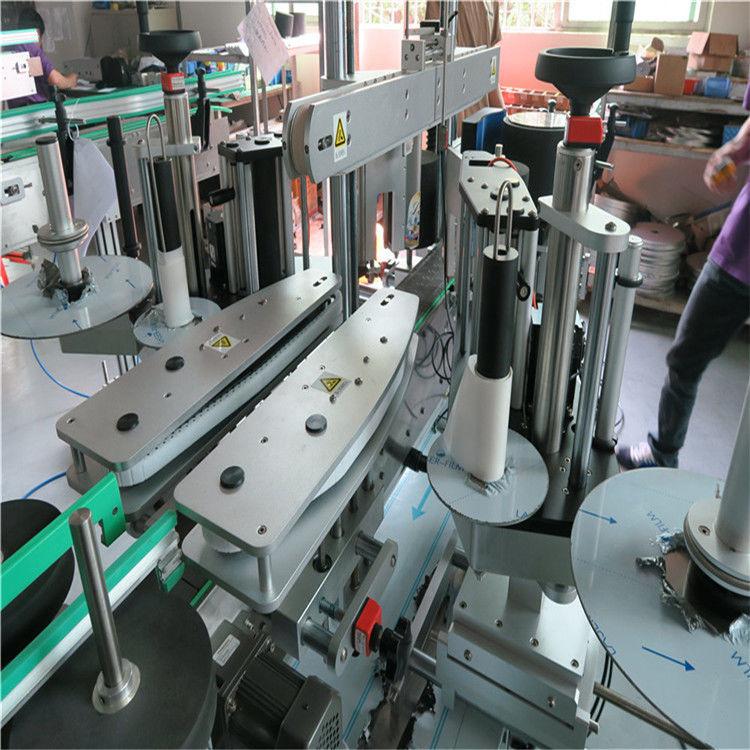 Stroj za etiketiranje boca za vodu sa prednje i stražnje strane